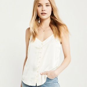 A&F XS button up satin cami off white